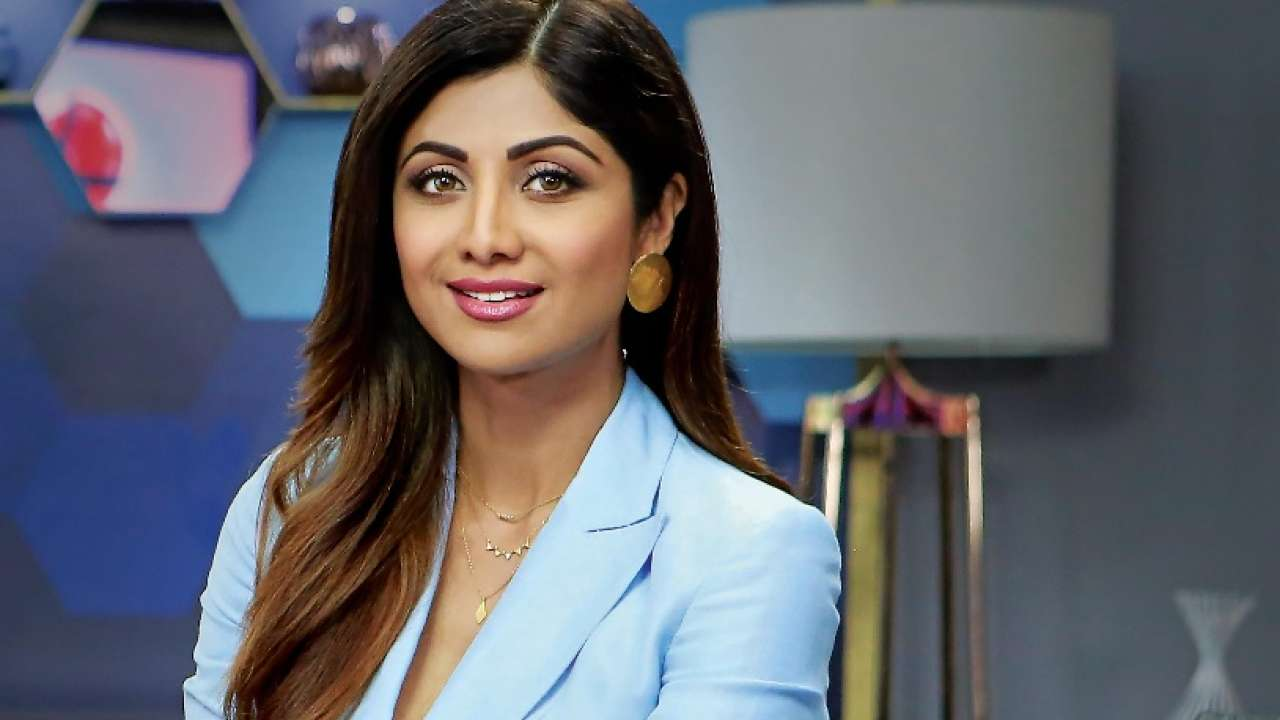 Invite, Book ,Hire, Contact Shilpa Shetty Celebrity Manager, Show, Event Booking