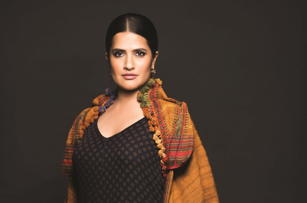 Invite, Book ,Hire, Contact Sona Mohapatra Celebrity Manager, Show, Event Booking